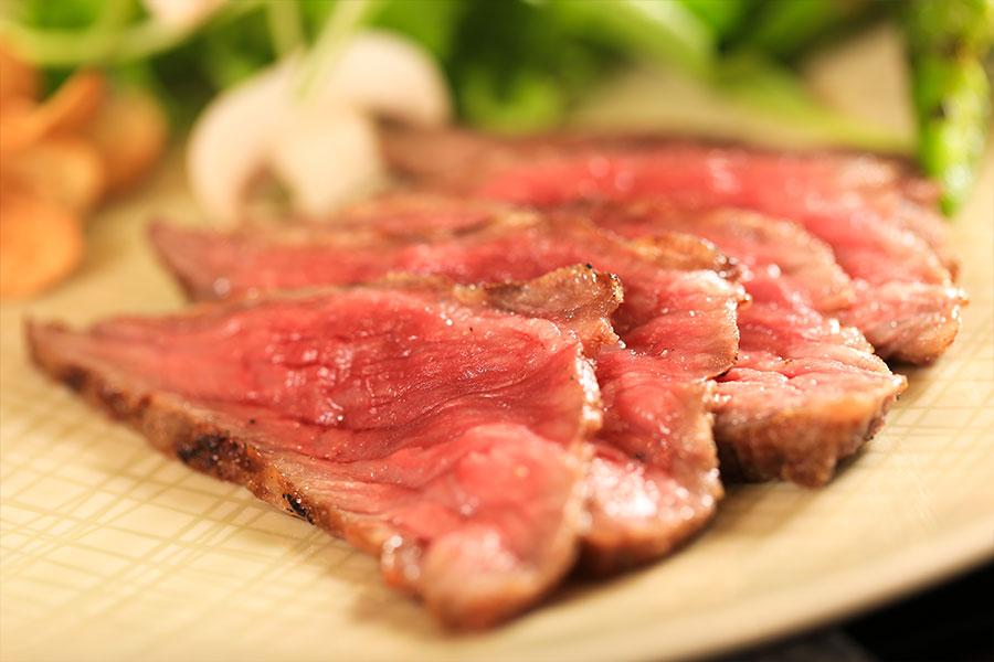 本日のお肉料理 黒毛和牛ランプのグリエ